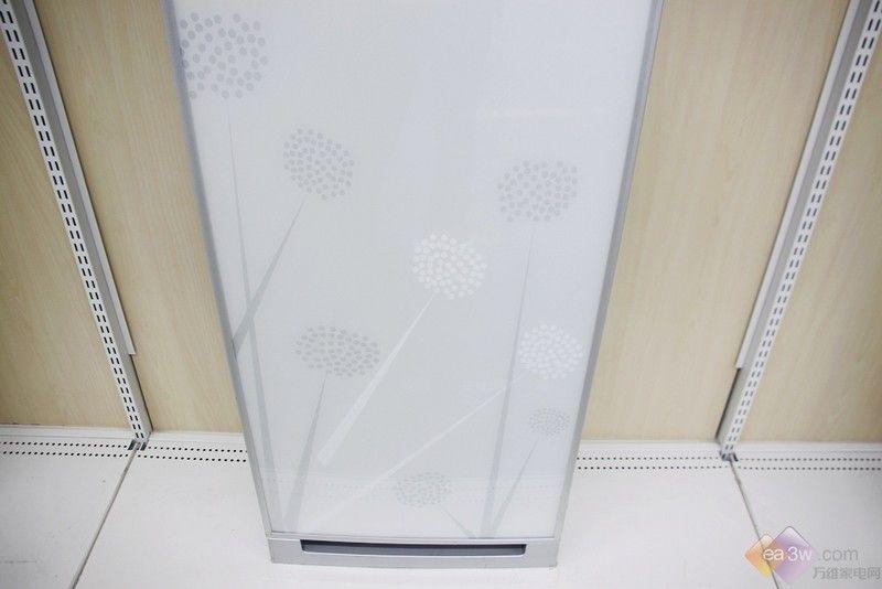 智能双向换气 海尔立柜空调畅享舒适寒冬图片