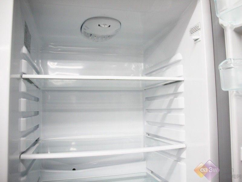 海尔家电下乡冰箱 全新淡蓝两门设计