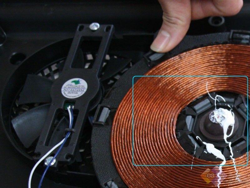 美的电磁炉拆机评测-内部拆解(1)