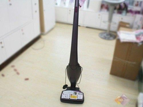 立式吸尘器轻松变手持 飞利浦吸尘器