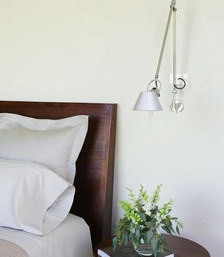 床头灯营造个人私密空间浪漫氛围