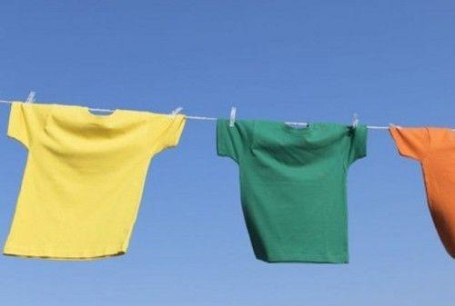 夏季洗衣机小妙招 拒绝衣服黯然失色
