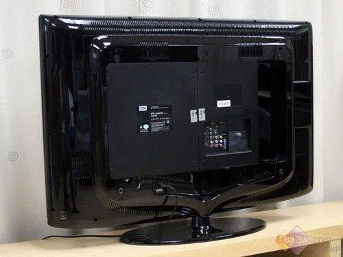 tcl l42e9fr液晶電視的底座采用了橢圓形圓滑設計,與機身在風格上相互