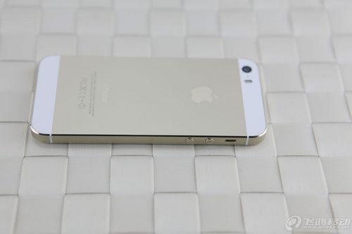 """""""土豪金""""降价 香槟金色iPhone 5S图赏"""