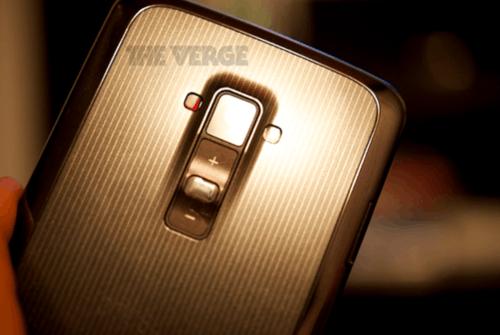 6英寸OLED曲面屏 LG G Flex手机曝光