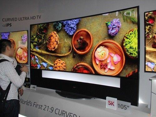 聚焦2014CES:LG105寸曲面高清5K电视亮相
