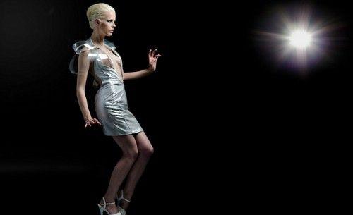 科技入侵时尚界 唯美的智能可穿戴设备