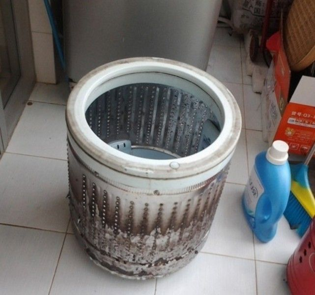 洗衣机内筒这么脏,你知道清洗吗?