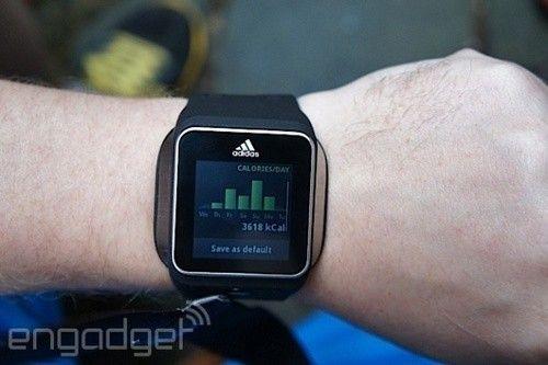 阿迪达斯运动手表上手评测