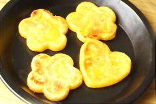 美味甜点巧搭配 教你做奶香红薯糯米饼