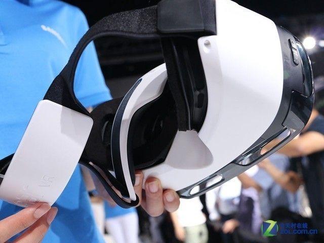 虚拟现实 三星全球同步发布Gear VR眼镜