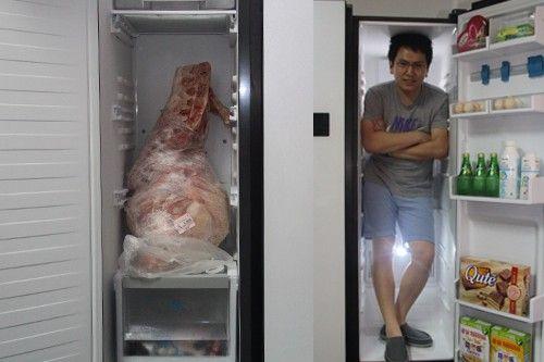 横评测试:对开门冰箱里能装人!