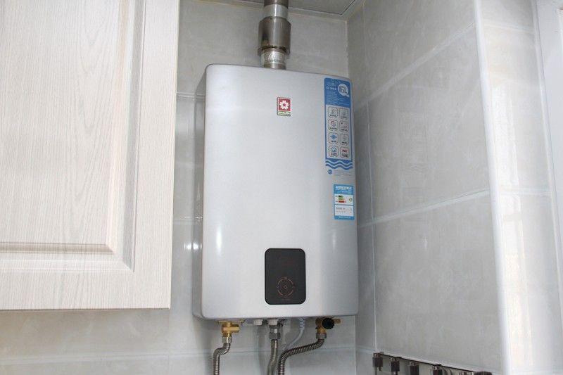速出热水恒温洗 樱花燃气热水器入户评测图片