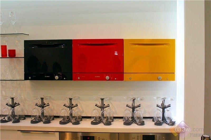 打造彩色厨房 博世水动能洗碗机亮相CIKB第2