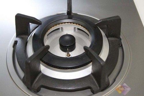 全不锈钢打造 万家乐QM8燃气灶