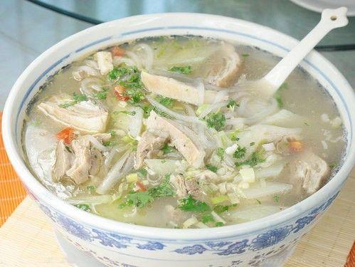 羊肉汤防寒补肾 羊肉是冬季最佳补品