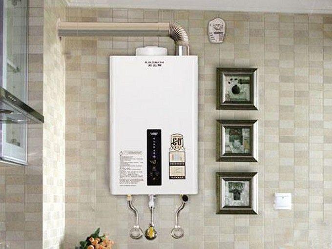 燃气热水器使用起来更是非常便捷