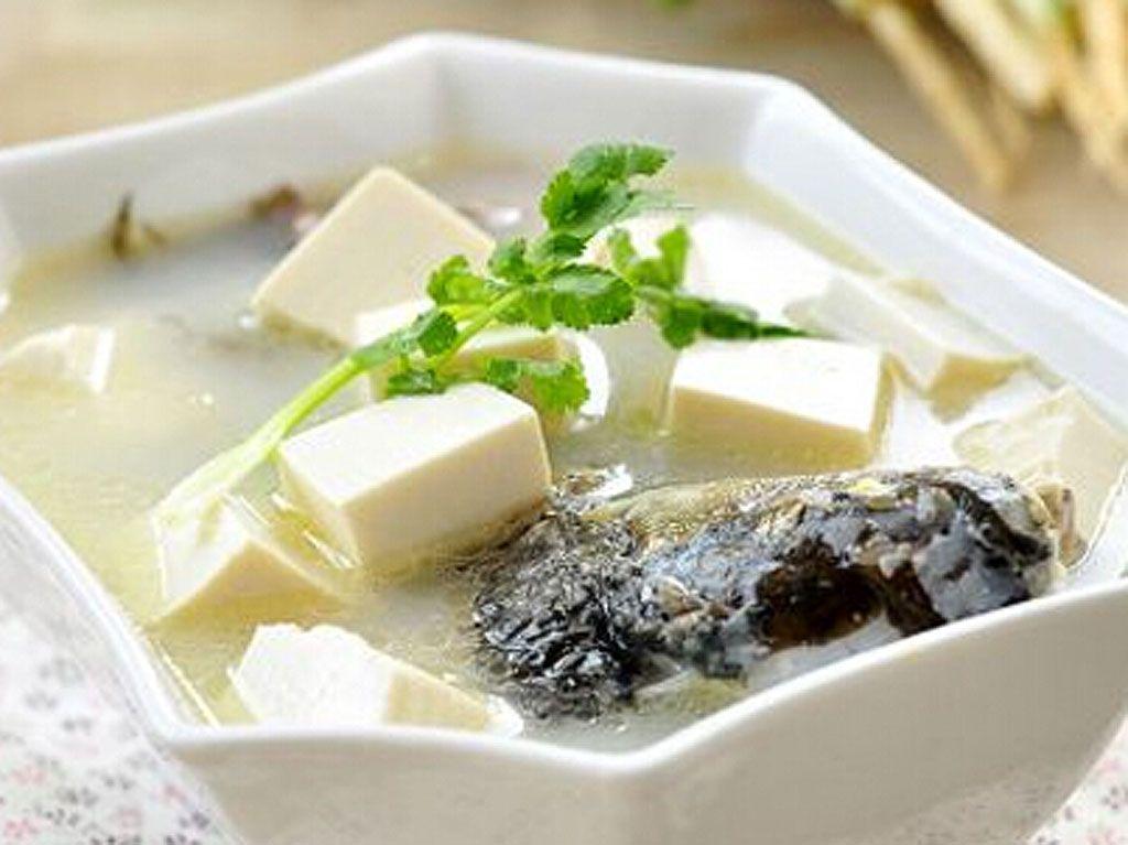 家常豆腐鱼汤的做法