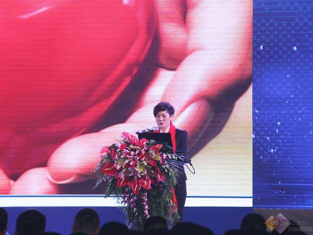 2015樱雪营销大会:樱雪签约张默闻策划集团