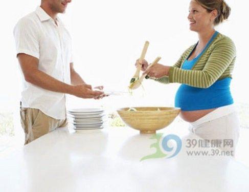 孕妇最好不要下厨房 小心燃气灶废气和油烟