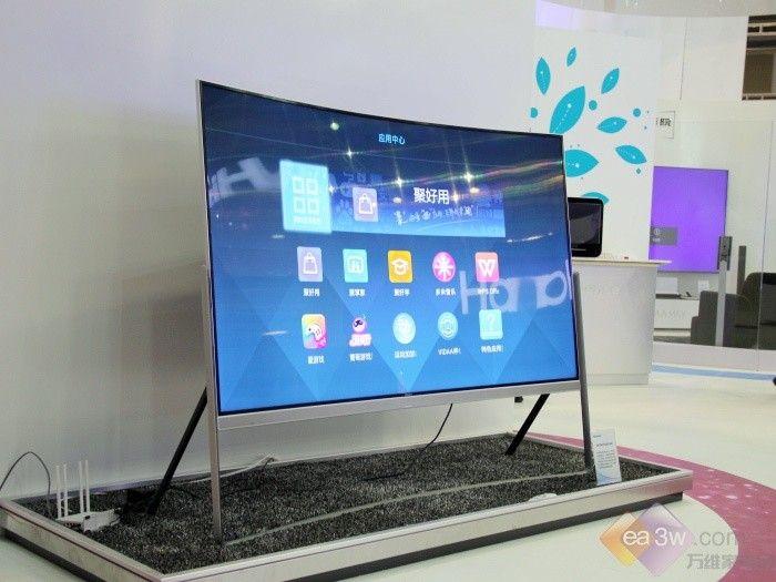 全球最大 海信78吋曲面电视SINOCES首秀