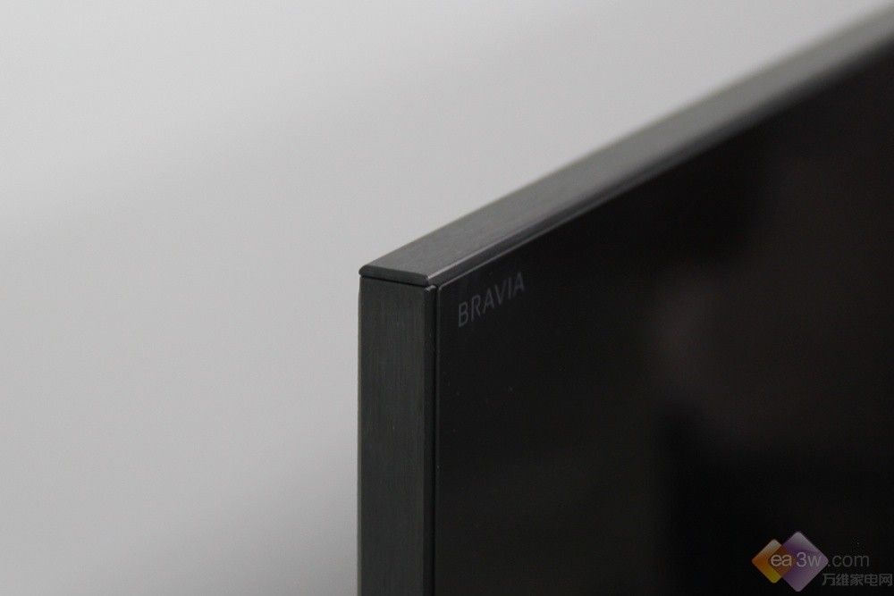 至美楔形外观设计 索尼X9300C系外观赏析