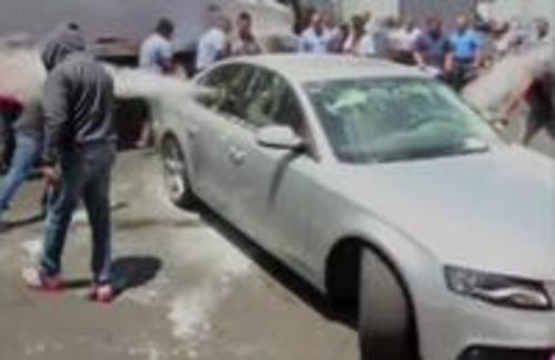 墨西哥发生出租车司机攻击Uber司机暴力事件