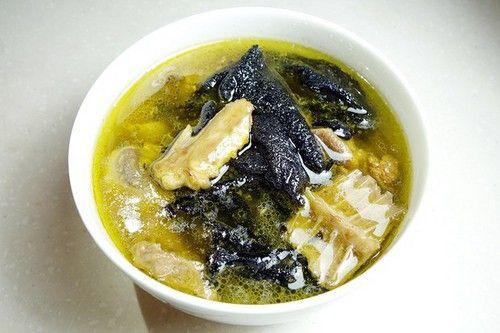每日一道家常菜:爱上食疗石耳炖鸽
