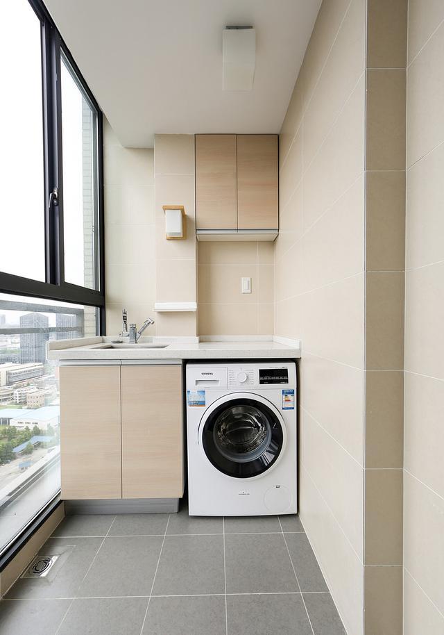厨房的洗衣机只能选择滚筒洗衣机