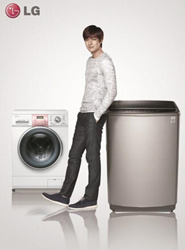LG双门中门分类存鲜冰箱 给妈妈不一样的关爱