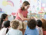 老师体罚孩子被抓遭家长暴打 父母如何保护?