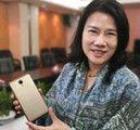 董大姐为格力2代手机当模特 号称唯一公开照