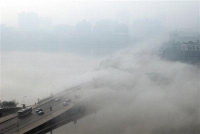 """雾霾天引爆空净市场 带""""净化""""空调靠谱吗"""