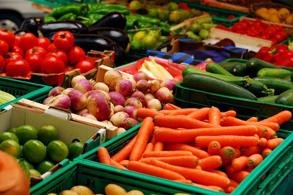 有些蔬菜不用放冰箱 冬季储存其实有窍门