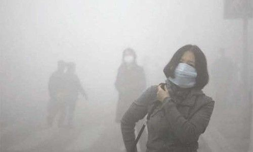 """雾霾严重威胁京津冀 如何防止""""心肺之患""""?"""