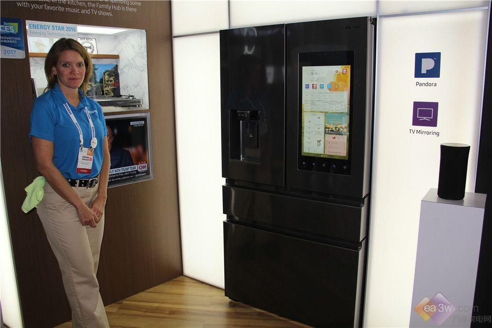 视频:三星Family Hub 2.0冰箱如何变玩物