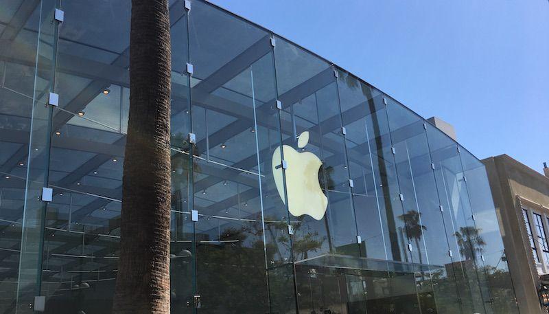 苹果独占全球智能手机利润92%