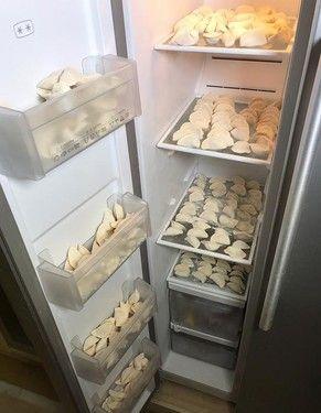 冰箱里竟然塞满了饺子 粘在一起怎么办?