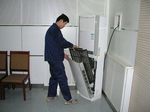 空调有异味不会清洗?其实步骤很简单