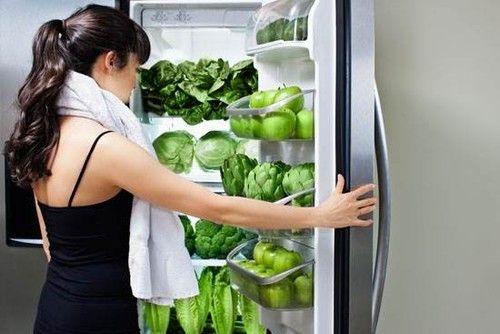 冰箱里有异味怎么办?