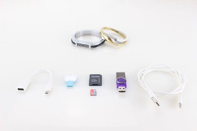 时尚炫酷智能手环  一个5合一的手机适配器