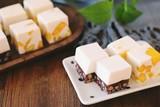 每日一道家常菜:红豆&芒果双味椰奶冻