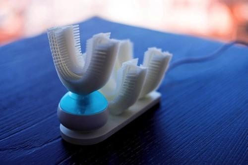 快速清洁你的牙齿,这个家伙10秒帮你搞定