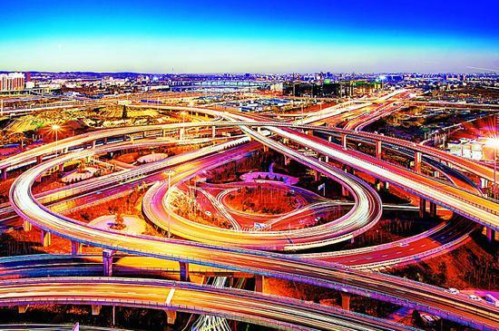 无人超市爆火的智能领域,华为开始布局交通行业