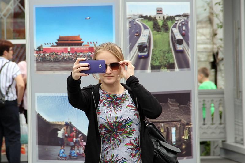 地坛庙会全球行·2017莫斯科之旅:观展美女