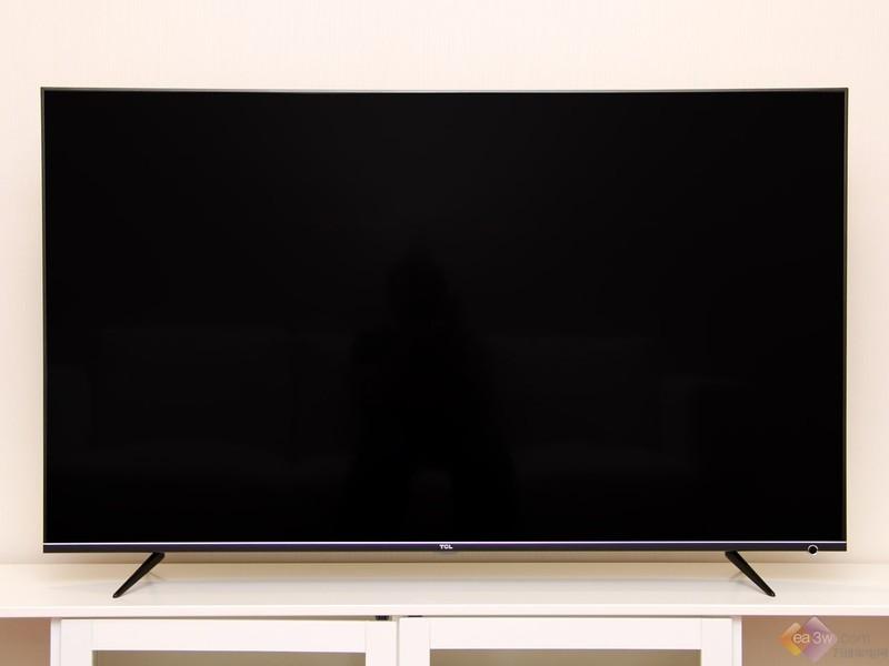 超薄超窄一体成型 TCL 55P6超清薄电视真机图赏