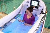 创意至上!裸跑爱好者的福音,浴缸也能用作跑步机