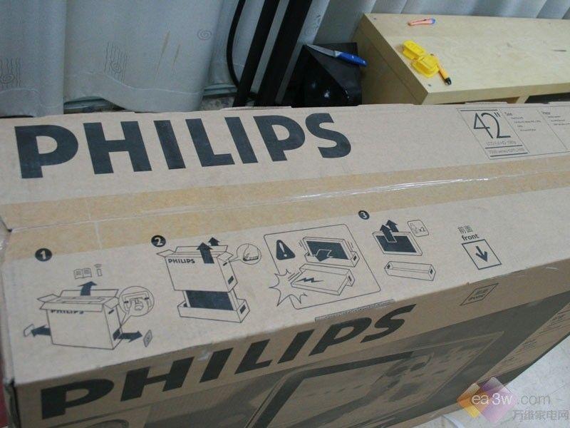 打开包装箱装机 FHD 100Hz 飞利浦42PFL7403抵达ea3w -FHD 100Hz 高清图片