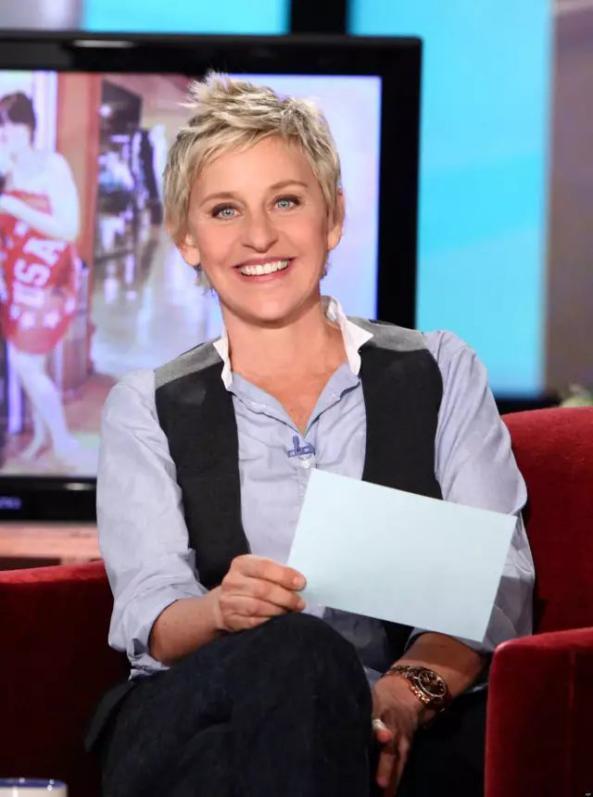 神画触控投影获选全美第一脱口秀《Ellen Show》年度粉丝礼物