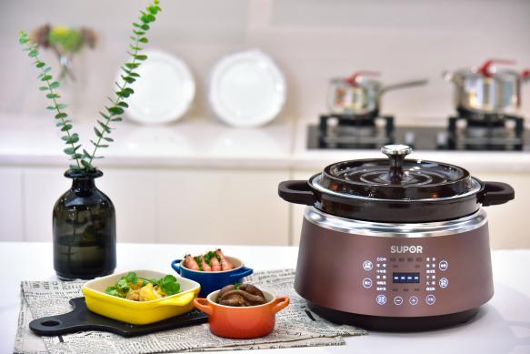 厨房小菜鸟,你需要一口苏泊尔珐琅电炖锅